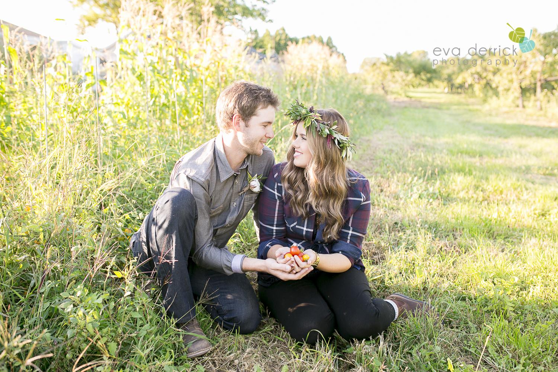 niagara-wedding-photographer-niagara-wedding-photographer-engagement-photographer-niagara-engagements-engagement-session-honsberger-estate-winery-wedding-venue-farm-barn-barn-weddings-eva-derrick-photography-florals-floral-crown-bouquet-oohlala-oh-la-la-designs-niagara-florist-photography-photographs-couples-couple-photo-edp_e_britney_matt-0074.jpg