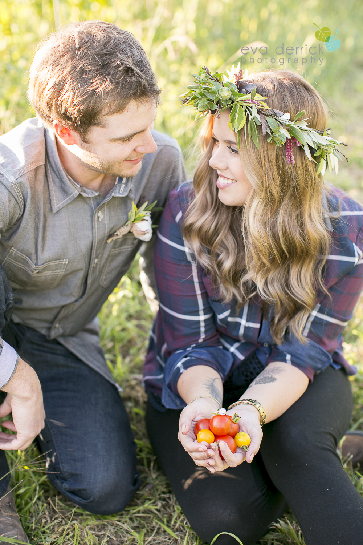 niagara-wedding-photographer-niagara-wedding-photographer-engagement-photographer-niagara-engagements-engagement-session-honsberger-estate-winery-wedding-venue-farm-barn-barn-weddings-eva-derrick-photography-florals-floral-crown-bouquet-oohlala-oh-la-la-designs-niagara-florist-photography-photographs-couples-couple-photo-edp_e_britney_matt-0070.jpg