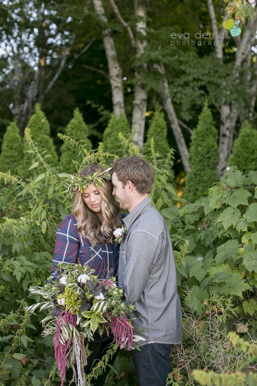 niagara-wedding-photographer-niagara-wedding-photographer-engagement-photographer-niagara-engagements-engagement-session-honsberger-estate-winery-wedding-venue-farm-barn-barn-weddings-eva-derrick-photography-florals-floral-crown-bouquet-oohlala-oh-la-la-designs-niagara-florist-photography-photographs-couples-couple-photo-edp_e_britney_matt-0089.jpg