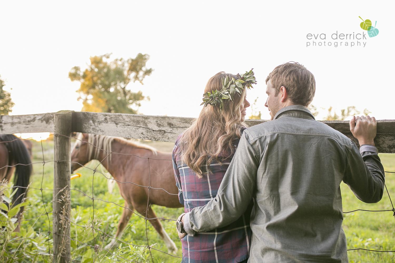 niagara-wedding-photographer-niagara-wedding-photographer-engagement-photographer-niagara-engagements-engagement-session-honsberger-estate-winery-wedding-venue-farm-barn-barn-weddings-eva-derrick-photography-florals-floral-crown-bouquet-oohlala-oh-la-la-designs-niagara-florist-photography-photographs-couples-couple-photo-edp_e_britney_matt-0182.jpg