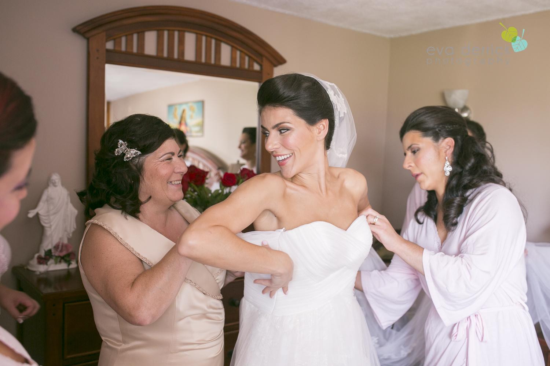 niagara-wedding-photographer-niagara-region-wedding-photographer-hernder-estate-winery-wedding-venue-barn-barn-weddings-eva-derrick-photography-florals-floral-bouquet-bride-bridemaids-church-gala-decor-liquid-entertainment-sinful-desserts-kyle-chipchura-nhl-wedding-hockey-player-oohlala-oh-la-la-designs-niagara-florist-photography-photographs-couples-couple-photo-edp_w_nancy_kyle-0059.jpg