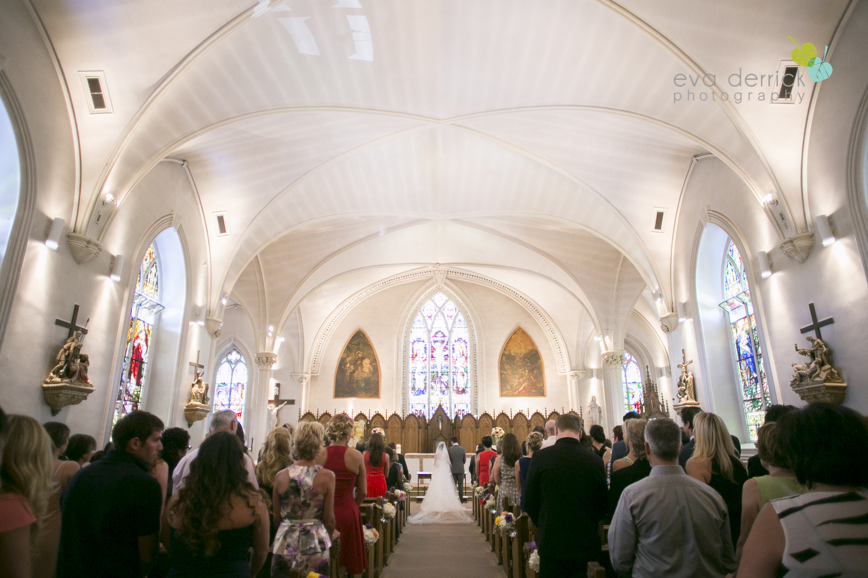 niagara-wedding-photographer-niagara-region-wedding-photographer-hernder-estate-winery-wedding-venue-barn-barn-weddings-eva-derrick-photography-florals-floral-bouquet-bride-bridemaids-church-gala-decor-liquid-entertainment-sinful-desserts-kyle-chipchura-nhl-wedding-hockey-player-oohlala-oh-la-la-designs-niagara-florist-photography-photographs-couples-couple-photo-edp_w_nancy_kyle-0316.jpg