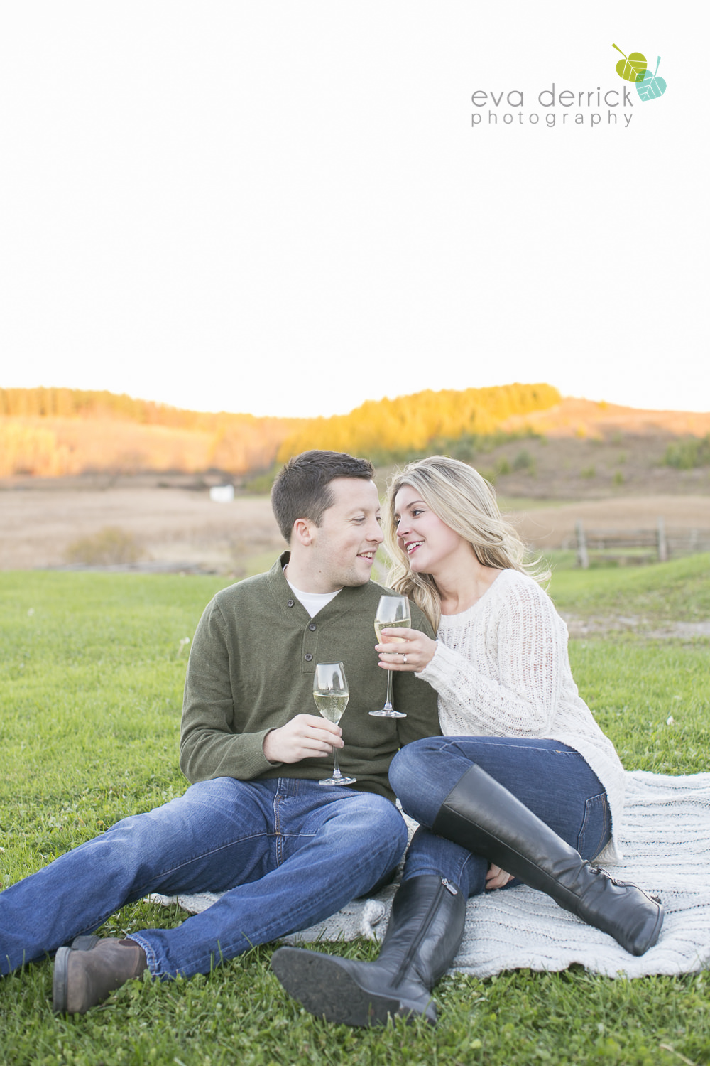 Albion-Hills-Photographer-Engagement-Session-Alanna-Matt-photography-by-Eva-Derrick-Photography-019.JPG