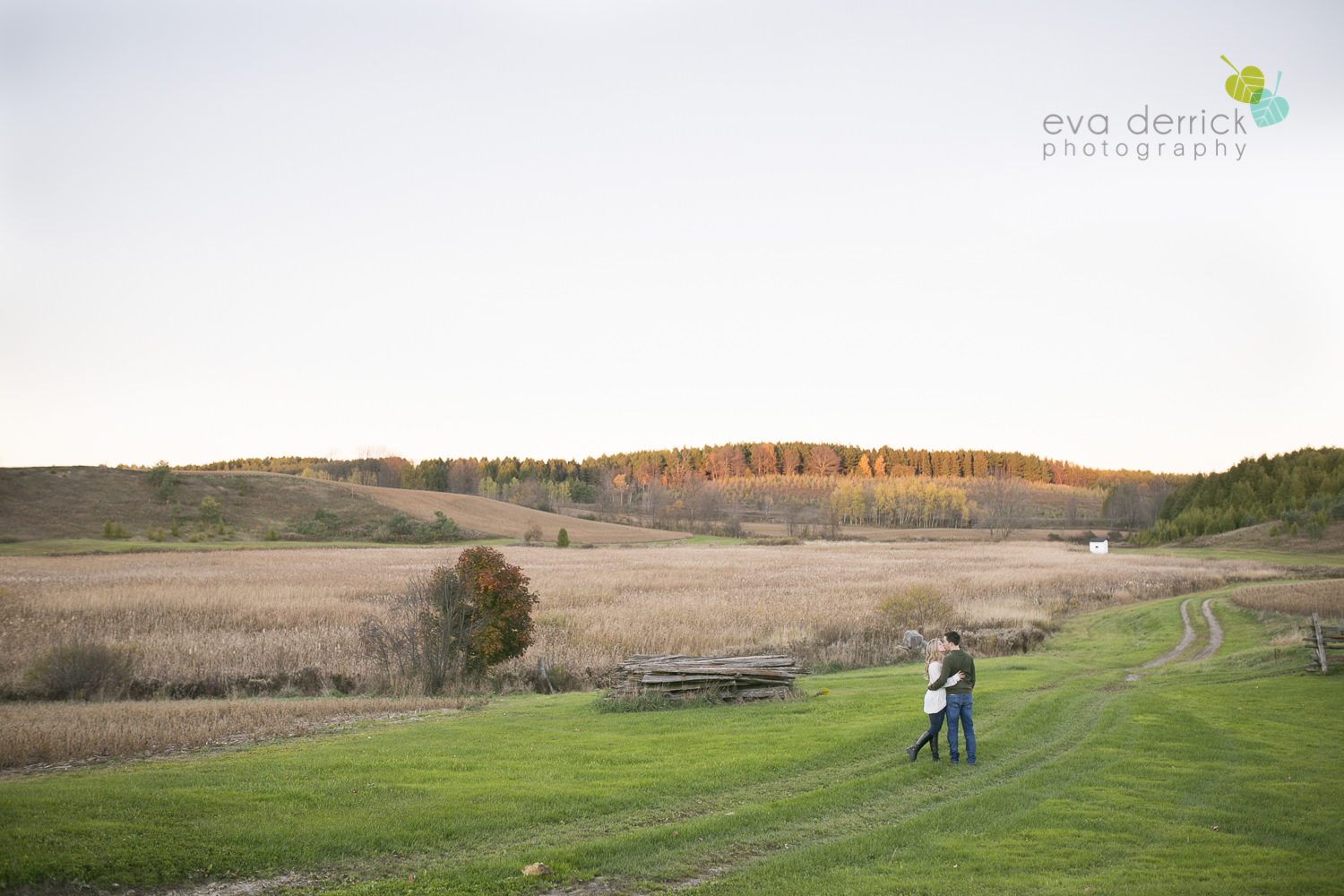 Albion-Hills-Photographer-Engagement-Session-Alanna-Matt-photography-by-Eva-Derrick-Photography-022.JPG