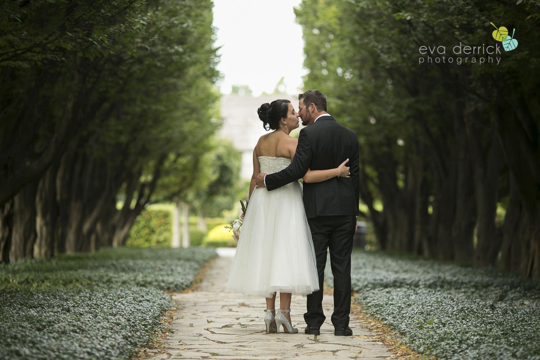 School-of-Horticulture-Weddings-Niagara-Weddings-Niagara-Wedding-Photographer-photography-by-Eva-Derrick-Photography-007.JPG