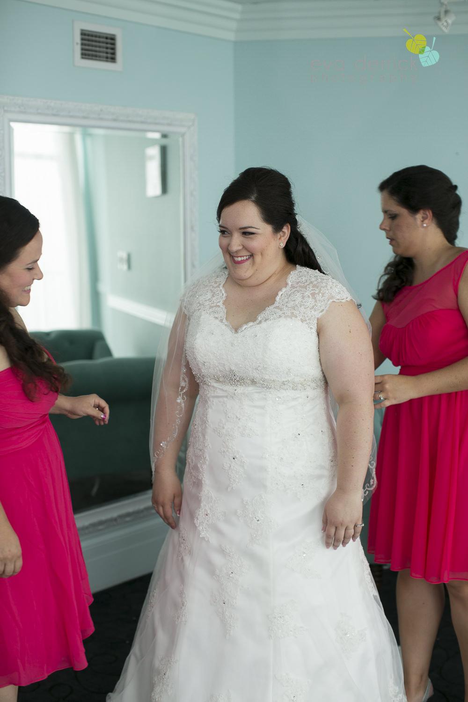 Queenston-Heights-Weddings-Niagara-Parks-Weddings-Niagara-Photographer-Queenston-Wedding-Photographer-photography-by-Eva-Derrick-Photography-007.JPG