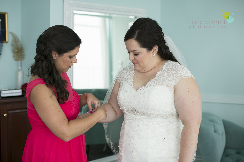 Queenston-Heights-Weddings-Niagara-Parks-Weddings-Niagara-Photographer-Queenston-Wedding-Photographer-photography-by-Eva-Derrick-Photography-008.JPG