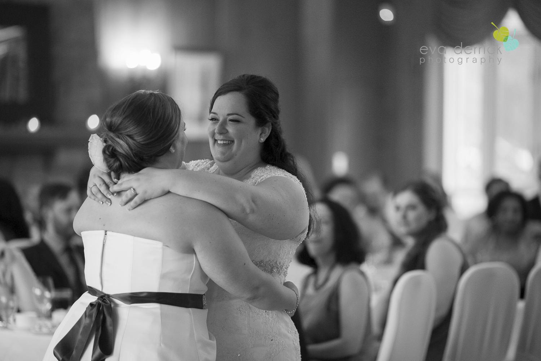 Queenston-Heights-Weddings-Niagara-Parks-Weddings-Niagara-Photographer-Queenston-Wedding-Photographer-photography-by-Eva-Derrick-Photography-028.JPG