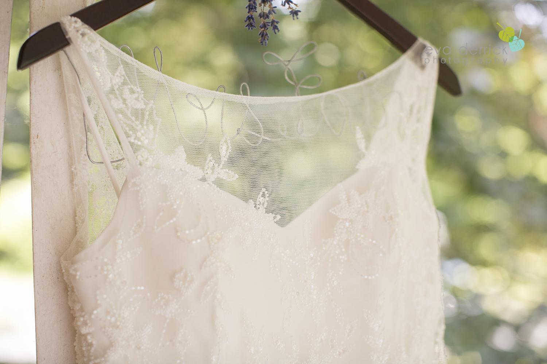 Kurtz-Orchards-Wedding-Niagara-Weddings-Niagara-Photographer-Queenston-Wedding-Photographer-photography-by-Eva-Derrick-Photography-012.jpg
