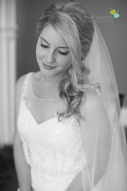 Kurtz-Orchards-Wedding-Niagara-Weddings-Niagara-Photographer-Queenston-Wedding-Photographer-photography-by-Eva-Derrick-Photography-020.jpg