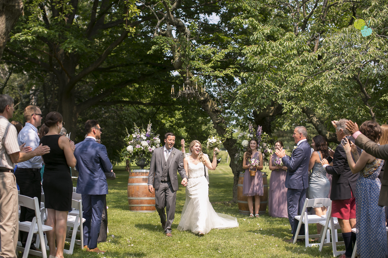 Kurtz-Orchards-Wedding-Niagara-Weddings-Niagara-Photographer-Queenston-Wedding-Photographer-photography-by-Eva-Derrick-Photography-034.jpg