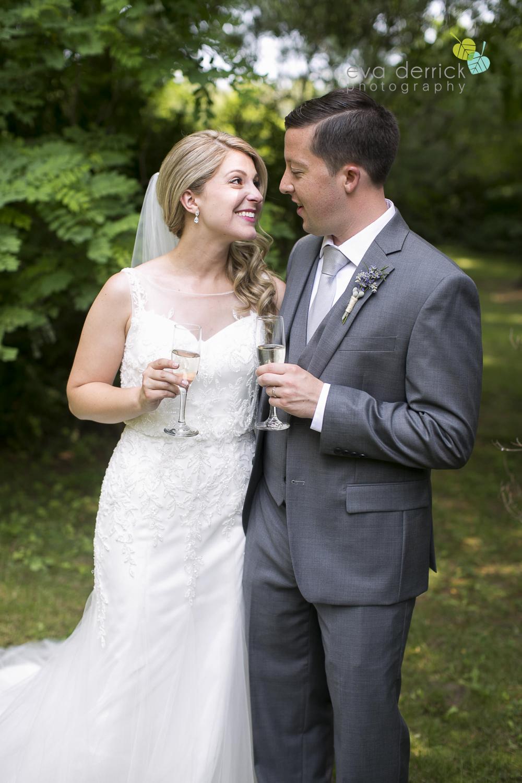 Kurtz-Orchards-Wedding-Niagara-Weddings-Niagara-Photographer-Queenston-Wedding-Photographer-photography-by-Eva-Derrick-Photography-035.jpg