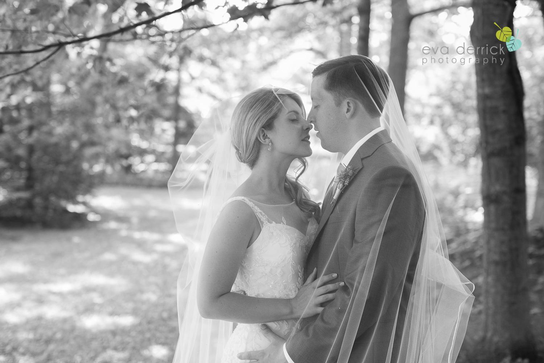 Kurtz-Orchards-Wedding-Niagara-Weddings-Niagara-Photographer-Queenston-Wedding-Photographer-photography-by-Eva-Derrick-Photography-038.jpg