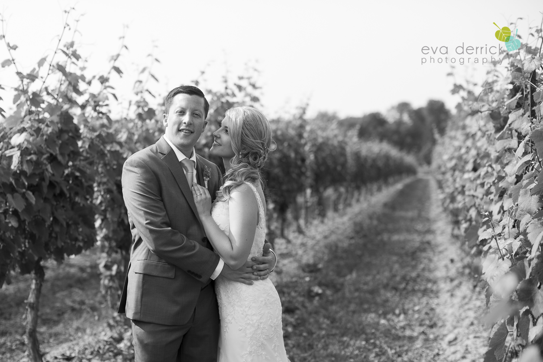 Kurtz-Orchards-Wedding-Niagara-Weddings-Niagara-Photographer-Queenston-Wedding-Photographer-photography-by-Eva-Derrick-Photography-045.jpg