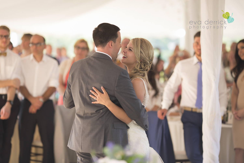 Kurtz-Orchards-Wedding-Niagara-Weddings-Niagara-Photographer-Queenston-Wedding-Photographer-photography-by-Eva-Derrick-Photography-063.jpg