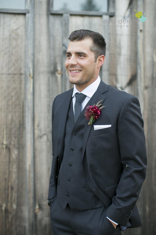 Hamilton-Wedding-Photographer-Anne-an-Co-Niagara-Weddings-Niagara-Elopement-photography-by-Eva-Derrick-Photography-025.JPG
