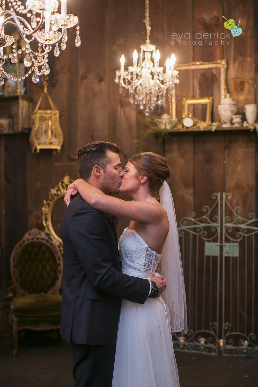 Hamilton-Wedding-Photographer-Anne-an-Co-Niagara-Weddings-Niagara-Elopement-photography-by-Eva-Derrick-Photography-041.JPG