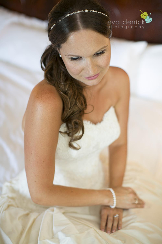 Niagara-on-the-Lake-Wedding-Photographer-Queens-Landing-Vintage-Hotels-Niagara-Weddings-photography-by-Eva-Derrick-Photography-011.JPG