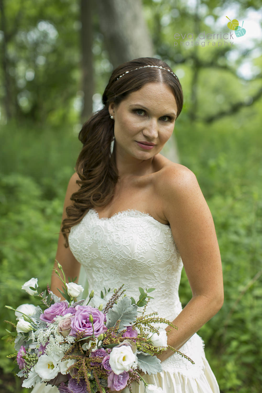 Niagara-on-the-Lake-Wedding-Photographer-Queens-Landing-Vintage-Hotels-Niagara-Weddings-photography-by-Eva-Derrick-Photography-017.JPG