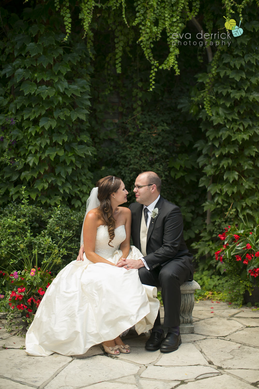 Niagara-on-the-Lake-Wedding-Photographer-Queens-Landing-Vintage-Hotels-Niagara-Weddings-photography-by-Eva-Derrick-Photography-058.JPG