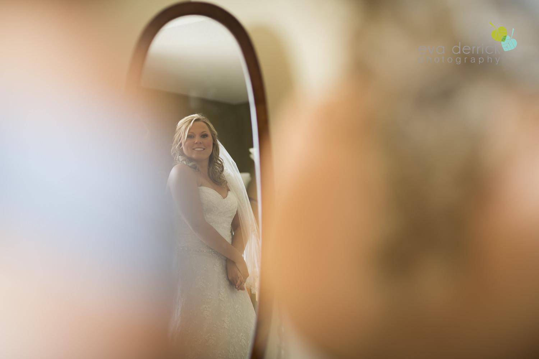 Niagara-Wedding-Photographer-Willodell-Golf-Course-Niagara-Weddings-photography-by-Eva-Derrick-Photography-010.JPG
