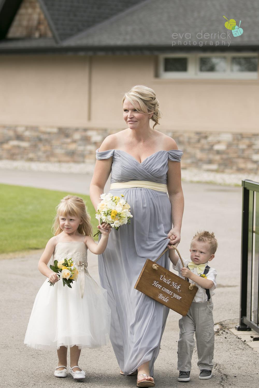Niagara-Wedding-Photographer-Willodell-Golf-Course-Niagara-Weddings-photography-by-Eva-Derrick-Photography-017.JPG