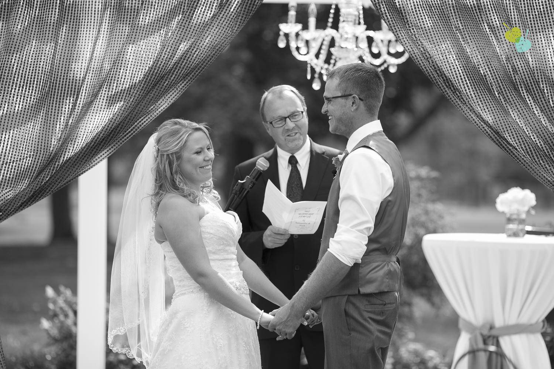 Niagara-Wedding-Photographer-Willodell-Golf-Course-Niagara-Weddings-photography-by-Eva-Derrick-Photography-021.JPG