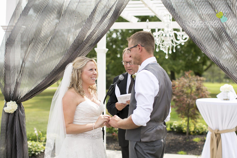 Niagara-Wedding-Photographer-Willodell-Golf-Course-Niagara-Weddings-photography-by-Eva-Derrick-Photography-023.JPG
