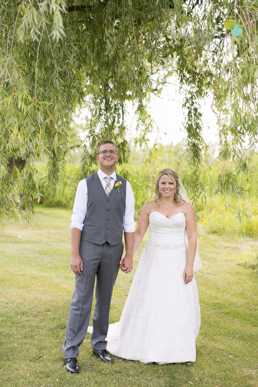 Niagara-Wedding-Photographer-Willodell-Golf-Course-Niagara-Weddings-photography-by-Eva-Derrick-Photography-027.JPG