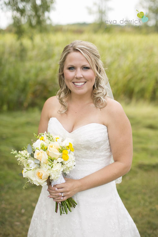 Niagara-Wedding-Photographer-Willodell-Golf-Course-Niagara-Weddings-photography-by-Eva-Derrick-Photography-029.JPG