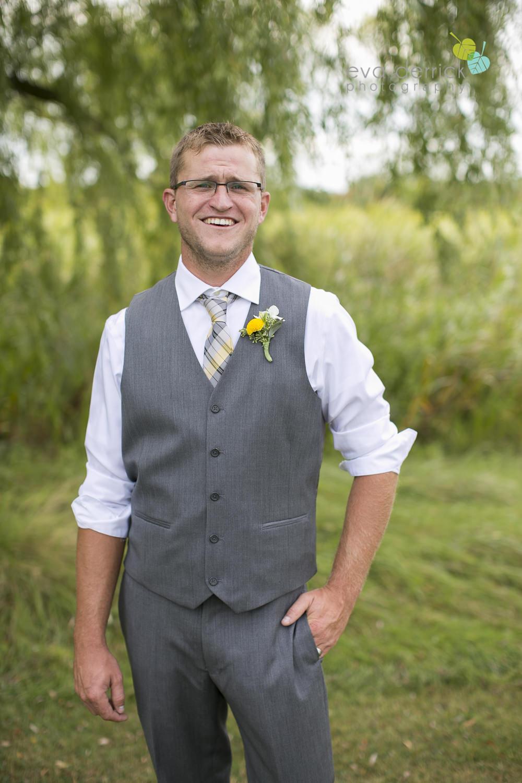 Niagara-Wedding-Photographer-Willodell-Golf-Course-Niagara-Weddings-photography-by-Eva-Derrick-Photography-031.JPG