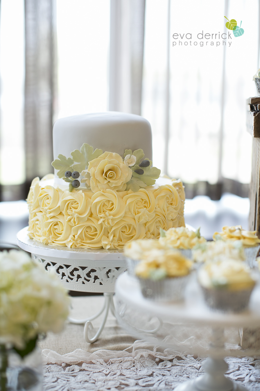 Niagara-Wedding-Photographer-Willodell-Golf-Course-Niagara-Weddings-photography-by-Eva-Derrick-Photography-041.JPG