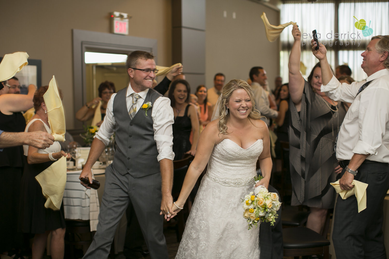 Niagara-Wedding-Photographer-Willodell-Golf-Course-Niagara-Weddings-photography-by-Eva-Derrick-Photography-044.JPG