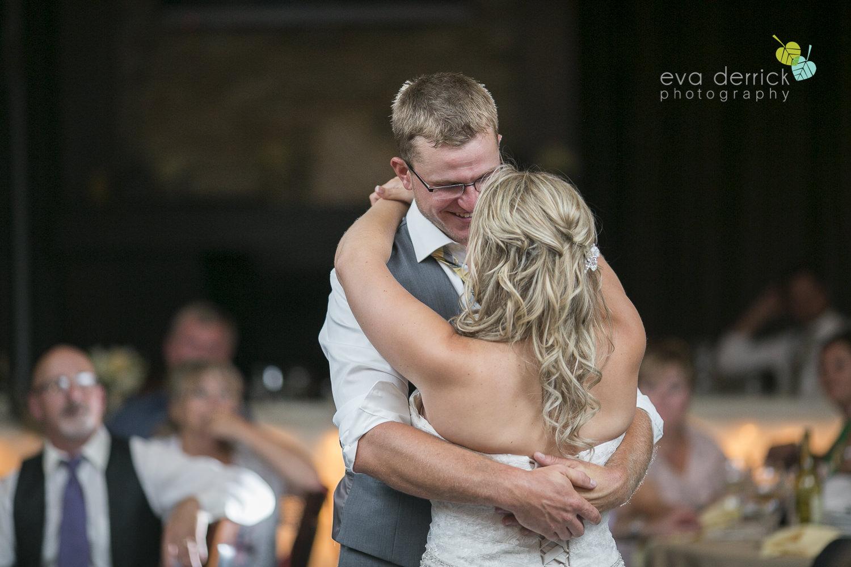 Niagara-Wedding-Photographer-Willodell-Golf-Course-Niagara-Weddings-photography-by-Eva-Derrick-Photography-049.JPG