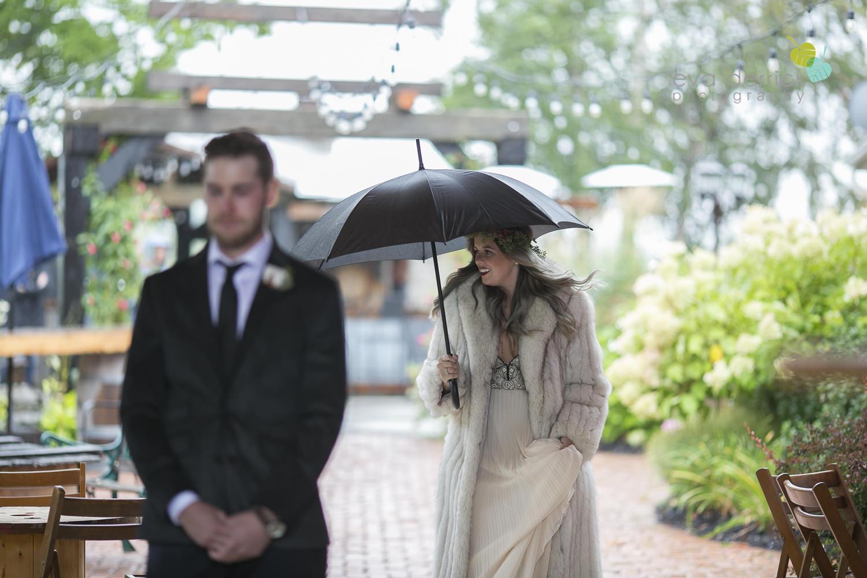 Honsberger-Estate-Wedding-Photographer-Niagara-Weddings-photography-by-Eva-Derrick-Photography-016.JPG