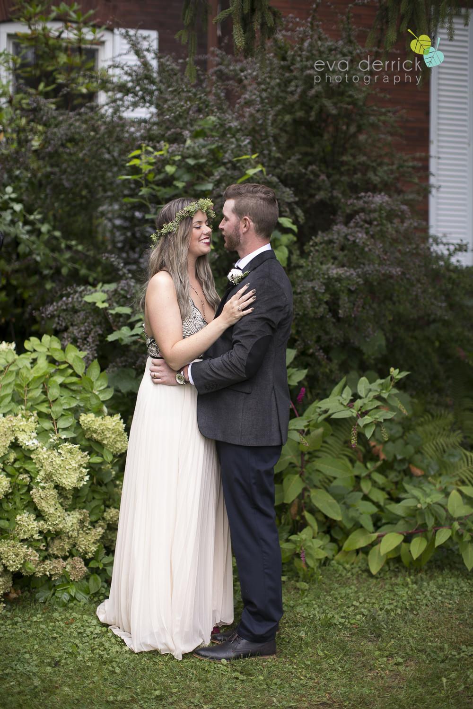 Honsberger-Estate-Wedding-Photographer-Niagara-Weddings-photography-by-Eva-Derrick-Photography-057.JPG