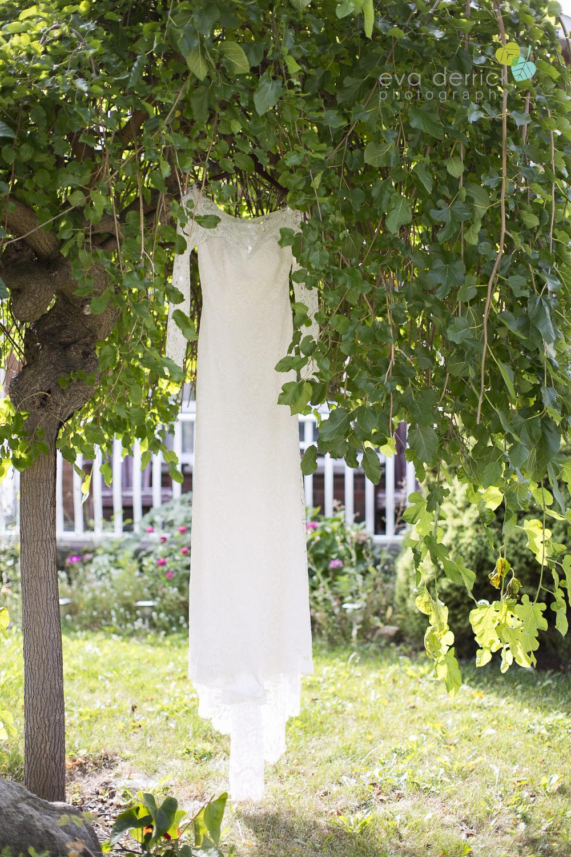 St-Catharines-Wedding-Photographer-Hernder-Estate-Wines-Niagara-Weddings-photography-by-Eva-Derrick-Photography-001.JPG