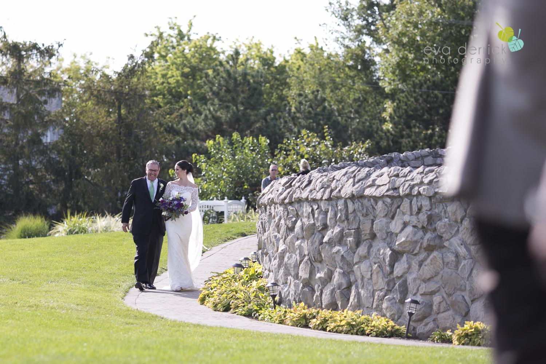 St-Catharines-Wedding-Photographer-Hernder-Estate-Wines-Niagara-Weddings-photography-by-Eva-Derrick-Photography-020.JPG