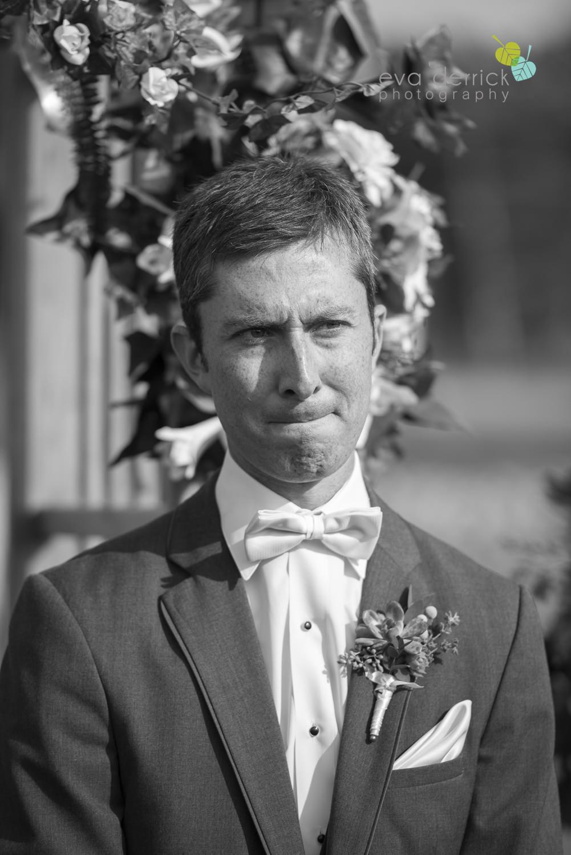 St-Catharines-Wedding-Photographer-Hernder-Estate-Wines-Niagara-Weddings-photography-by-Eva-Derrick-Photography-021.JPG