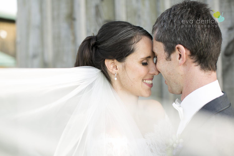 St-Catharines-Wedding-Photographer-Hernder-Estate-Wines-Niagara-Weddings-photography-by-Eva-Derrick-Photography-031.JPG