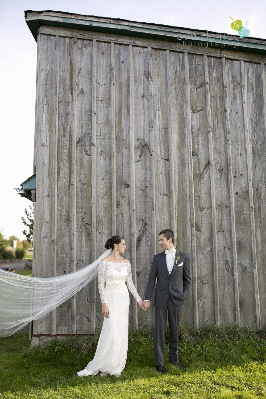 St-Catharines-Wedding-Photographer-Hernder-Estate-Wines-Niagara-Weddings-photography-by-Eva-Derrick-Photography-030.JPG