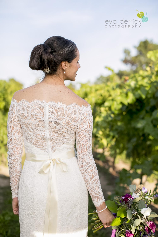 St-Catharines-Wedding-Photographer-Hernder-Estate-Wines-Niagara-Weddings-photography-by-Eva-Derrick-Photography-035.JPG
