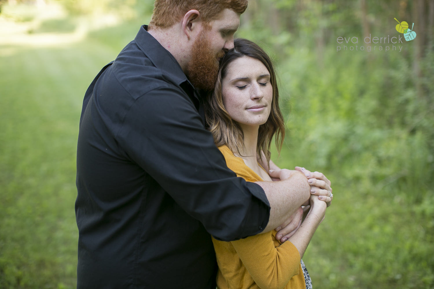Millgrove-Photographer-Millgrove-Engagement-Session-photography-by-Eva-Derrick-Photography-003.JPG
