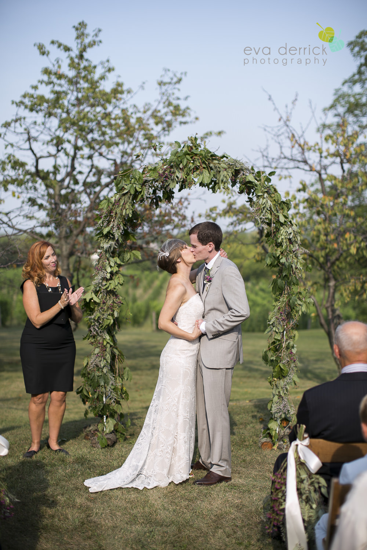 Organized-Crime-Winery-Wedding-Niagara-Wedding-photography-by-Eva-Derrick-Photography-014.JPG