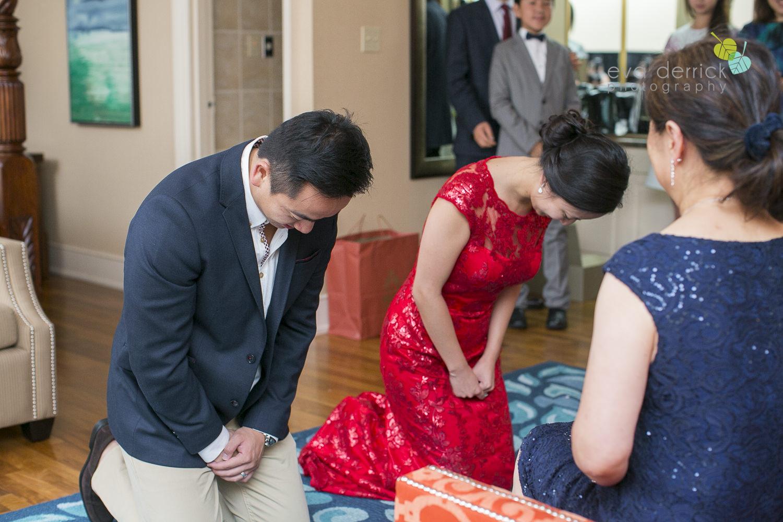Niagara-on-the-Lake-wedding-photographer-tea-ceremony-queens-landing-wedding-photo-by-eva-derrick-photography-0006.JPG