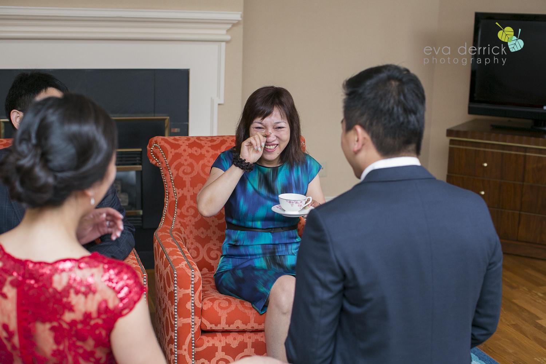 Niagara-on-the-Lake-wedding-photographer-tea-ceremony-queens-landing-wedding-photo-by-eva-derrick-photography-0005.JPG