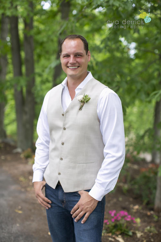 Niagara-Wedding-photographer-outdoor-wedding-photo-by-eva-derrick-photography-003.JPG