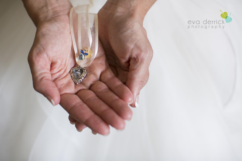 Niagara-Wedding-photographer-outdoor-wedding-photo-by-eva-derrick-photography-014.JPG