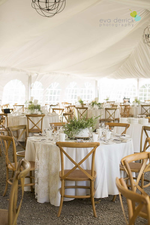 Niagara-Wedding-photographer-outdoor-wedding-photo-by-eva-derrick-photography-027.JPG