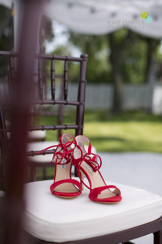 Burlington-Weddings-intimate-weddings-Blacktree-Restaurant-wedding-photo-by-eva-derrick-photography-007.JPG